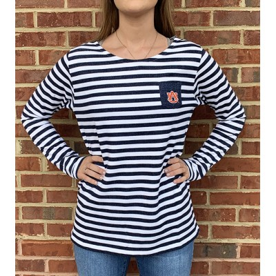 AU Patch Fleece Top